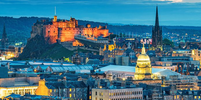Illustration of Edinburgh Castle