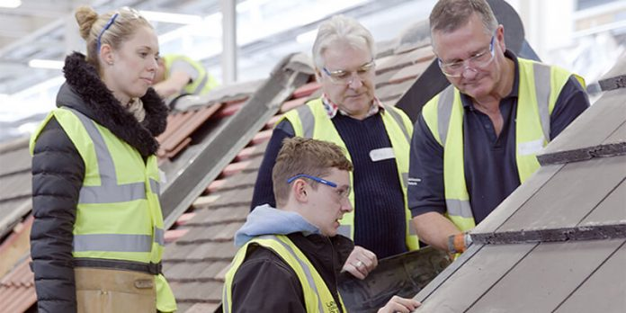young people doing roofing Level 2 training