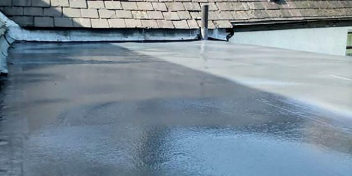 Dryseal flat roofing system installation